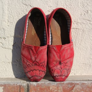Custom, hand painted Henna pattern TOMS shoes featuring a hand illustrated henna pattern.